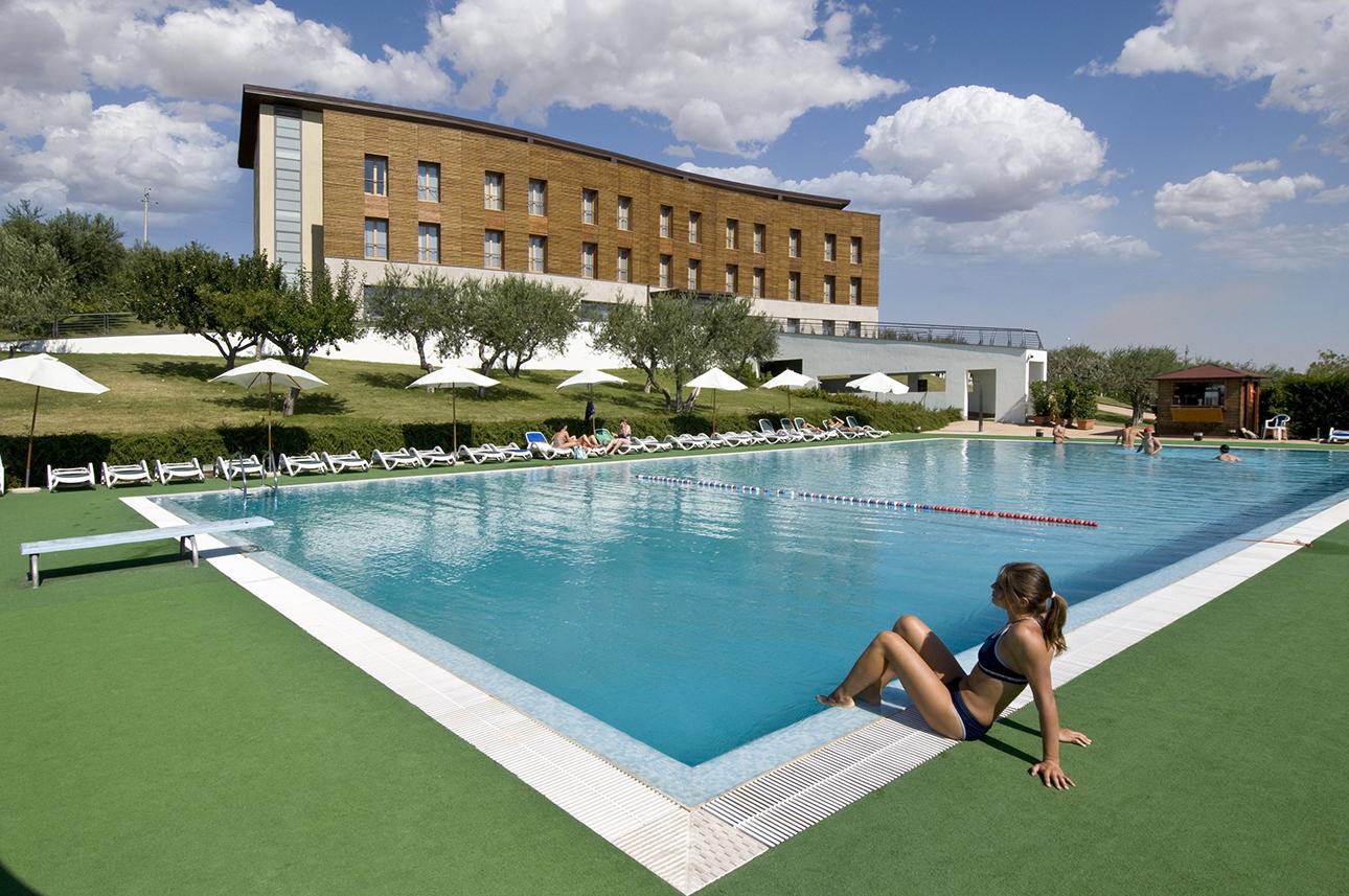 Garden_Grand_Hotel-Barile-Exterior_